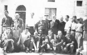 partigiani foto di gruppo con bruno taborro